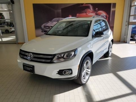 Pre-Owned 2017 Volkswagen Tiguan Sport All Wheel Drive SUV